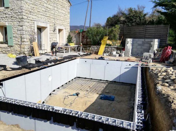 creation piscine structure aquafeat en cours