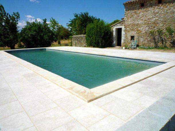 piscine-saint-gervais-sur-roubion-dupre-la-tour-paysage