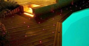 Fibre optique autour d'une piscine