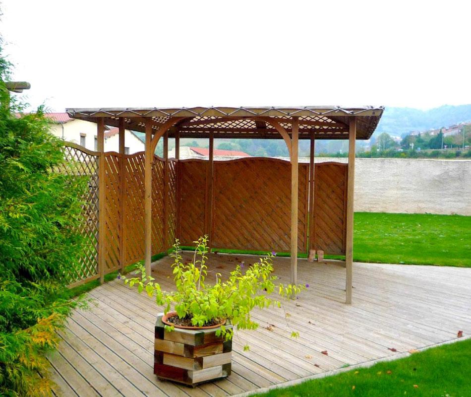 Abris gloriettes et kiosques dupr la tour paysage 24 for Abri de jardin ouvert