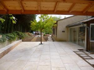 terrasse et muret banq et pas japonais plessy