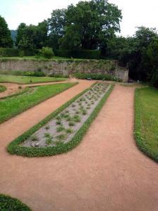 Jardin classique - jardin restauré